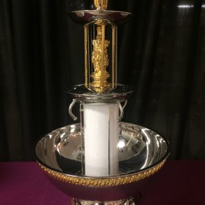 Beverage fountain 5 gallon with gold trim